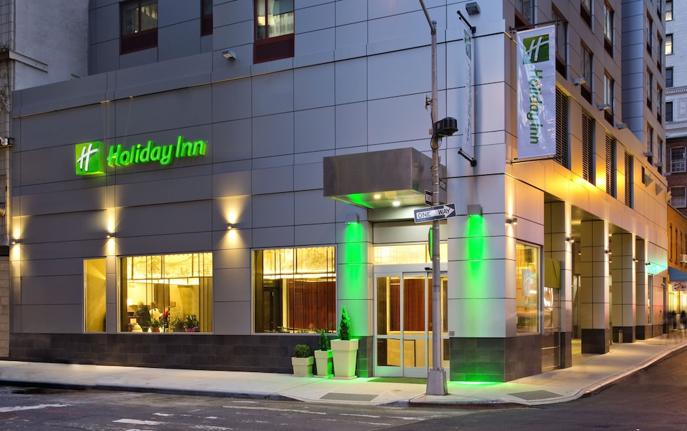 Exterior, Holiday Inn Manhattan-Financial District