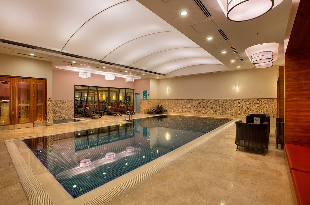 Indoor Pool, DoubleTree by Hilton Hotel Van