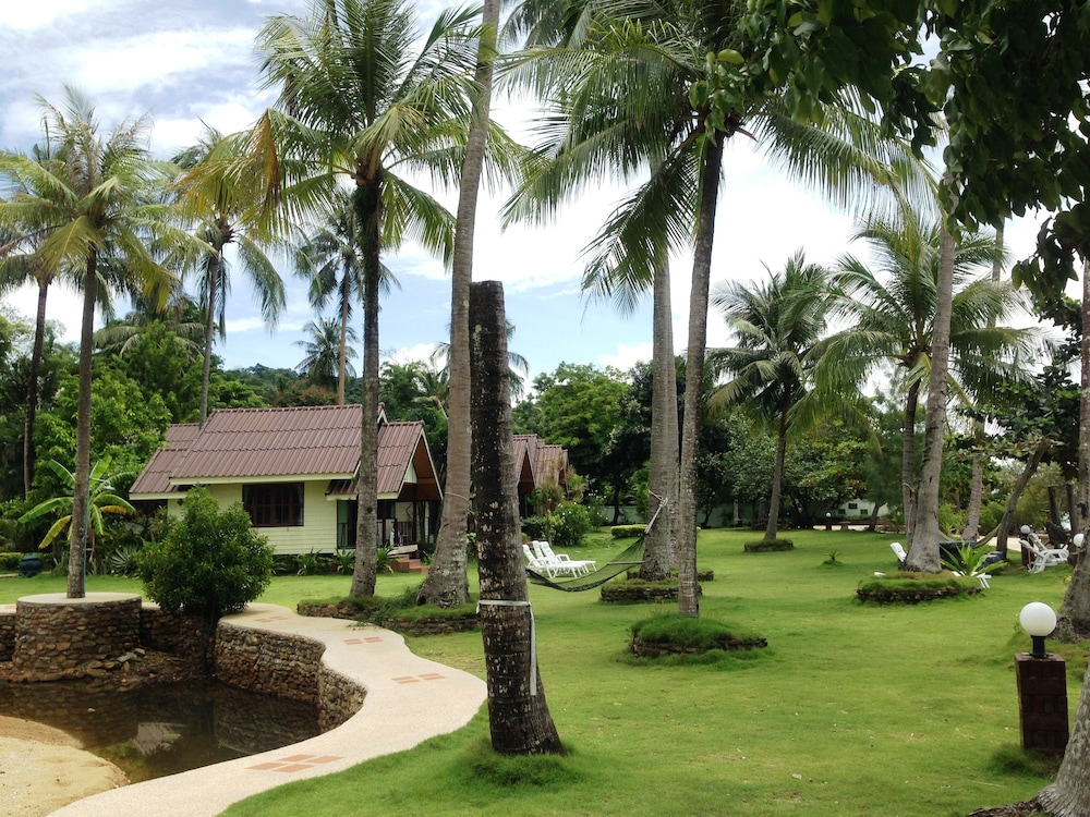 Property Grounds, Bailan Beach Resort