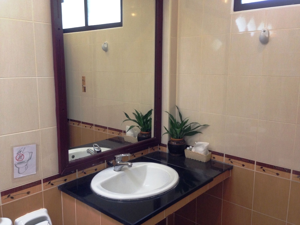 Bathroom Sink, Bailan Beach Resort