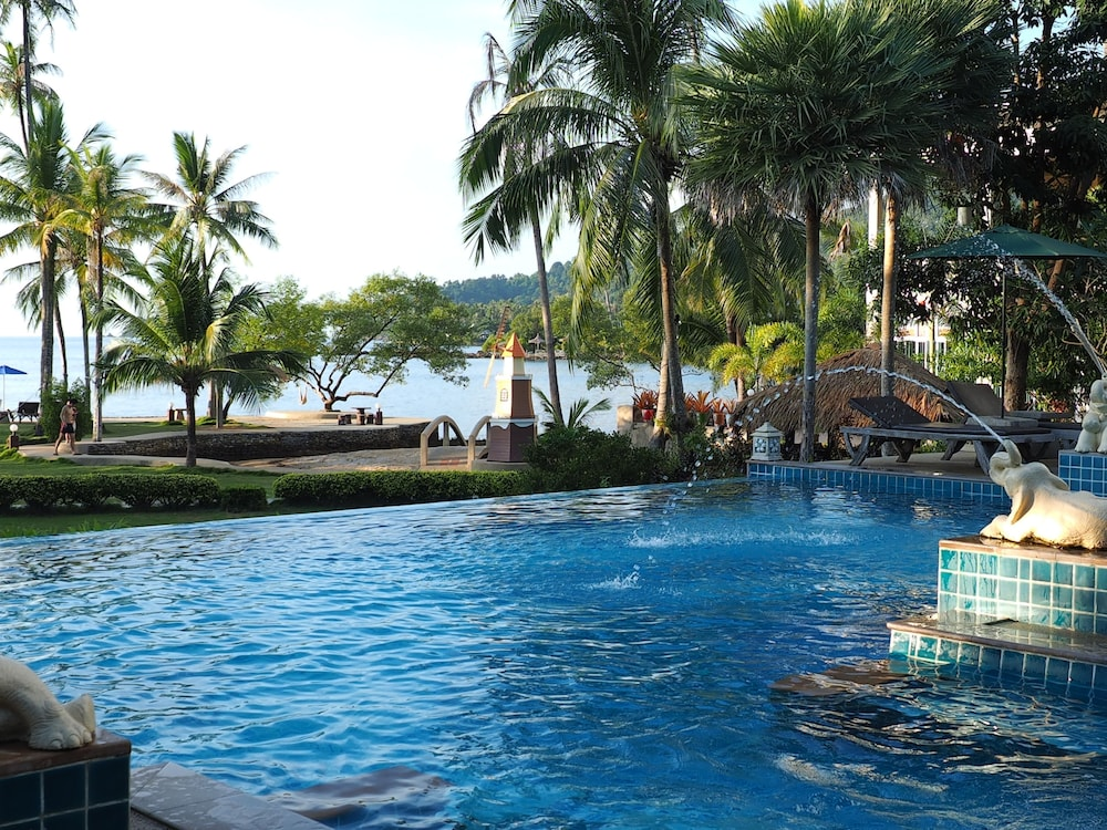 Outdoor Pool, Bailan Beach Resort