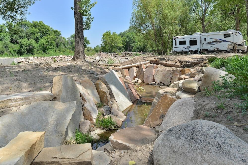 Caravan mains water hook up