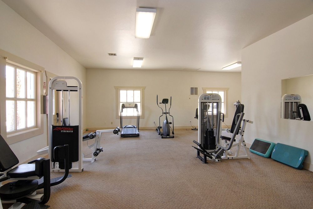 Fitness Facility, Palm Canyon Hotel & RV Resort