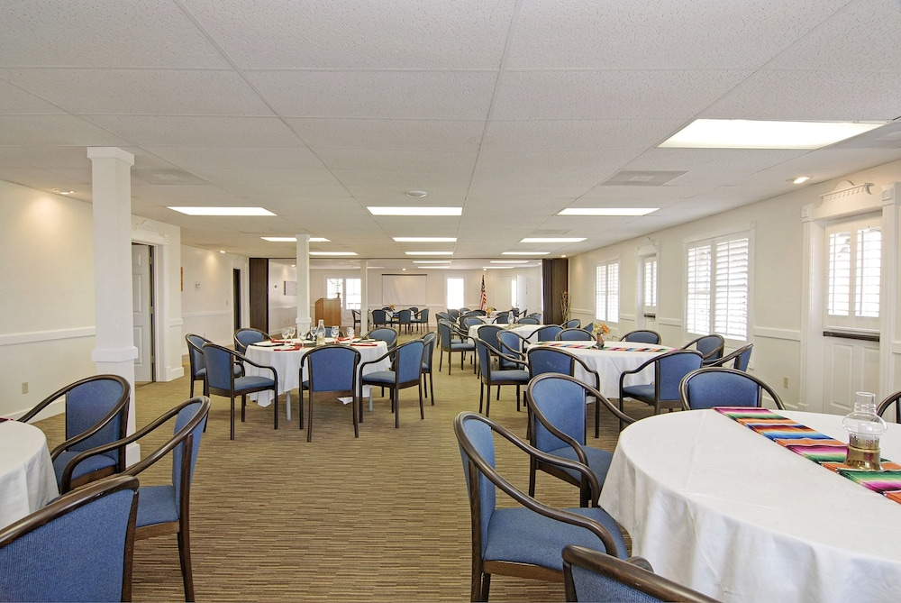 Meeting Facility, Palm Canyon Hotel & RV Resort