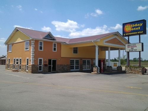 Check Expedia for Availability of Holiday Motel Hugo, OK