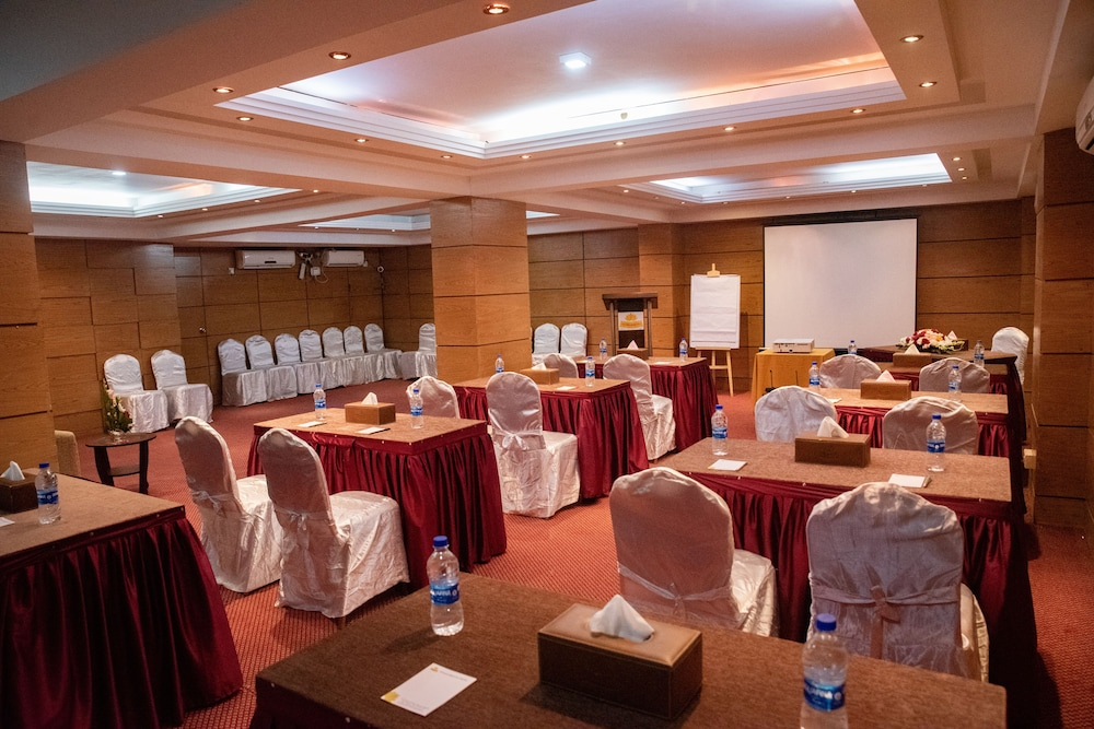 Meeting Facility, Grand Oriental Hotel
