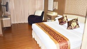 1 間臥室、迷你吧、書桌、摺床/加床 (收費)