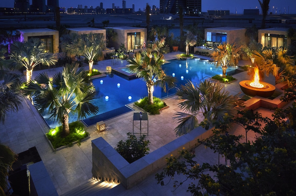 Four Seasons Hotel Bahrain Bay in Manama | Hotel Rates