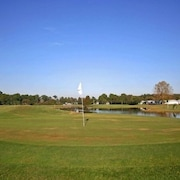 Clerbrook Golf & RV Resort - Caravan Park