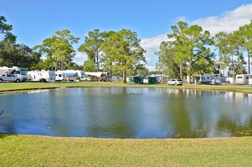 Southern Palms RV Campground Resort