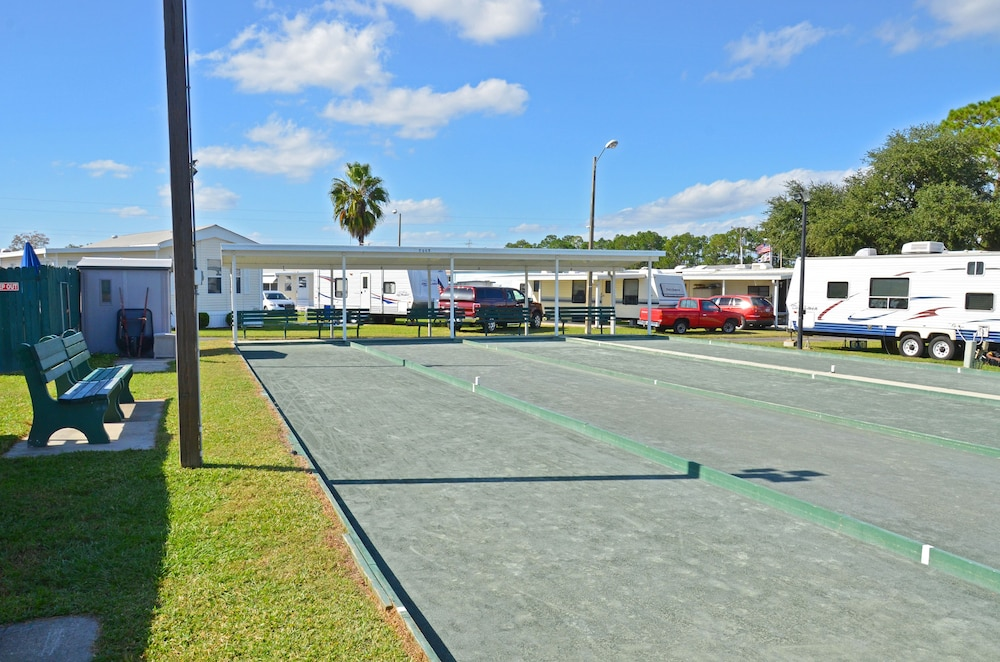 Property Grounds, Southern Palms RV Campground Resort