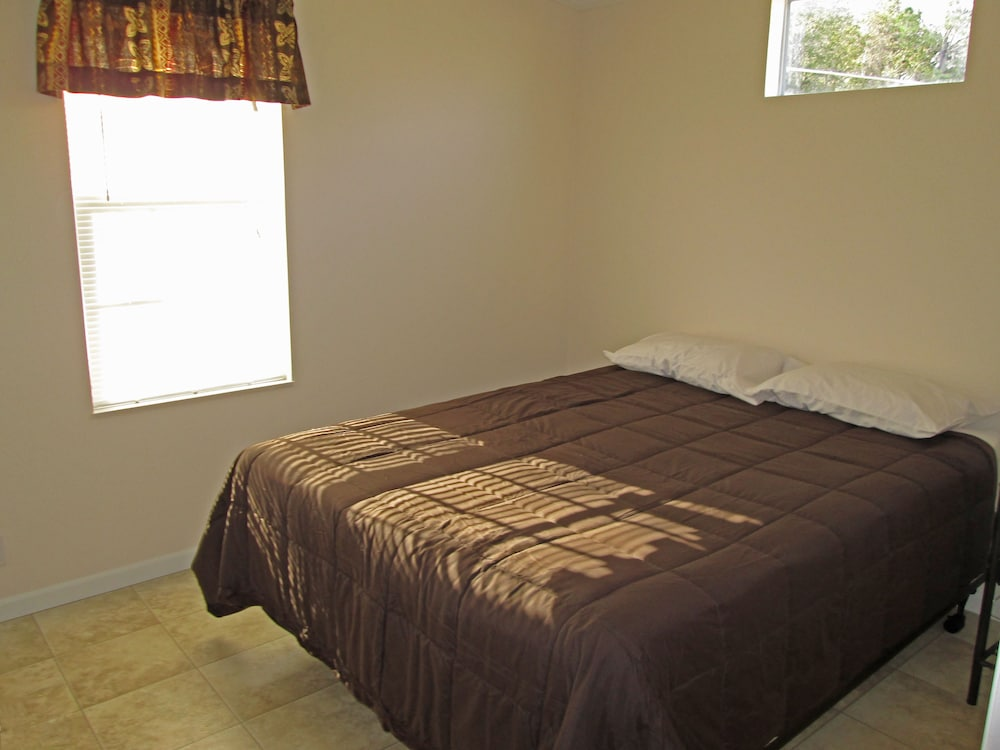 Room, Southern Palms RV Campground Resort