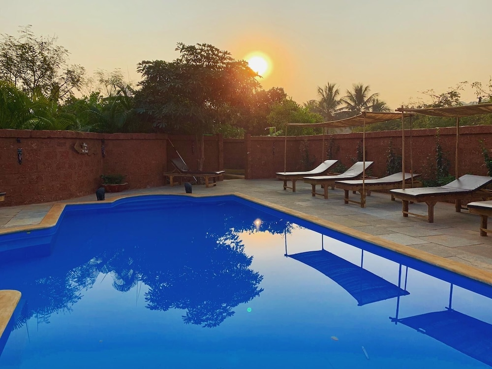 Pool, Banyan Tree Yoga