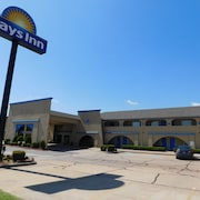 Days Inn by Wyndham Oklahoma City NW Expressway