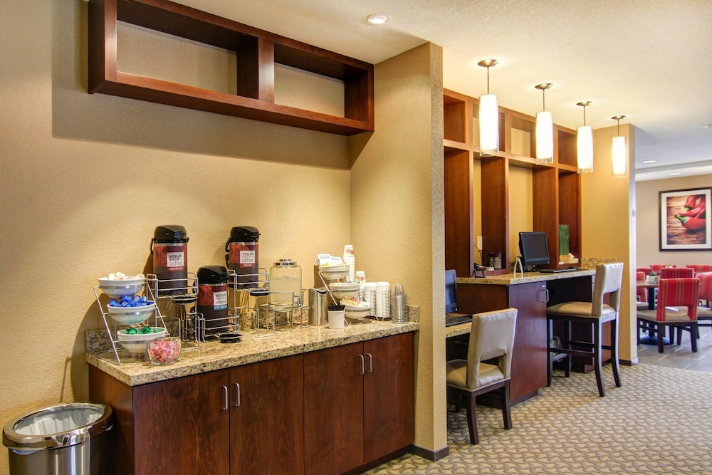 Business Center, Comfort Suites Carlsbad