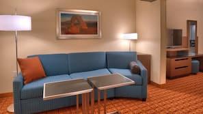 Coffre-forts dans les chambres, bureau, fer et planche à repasser