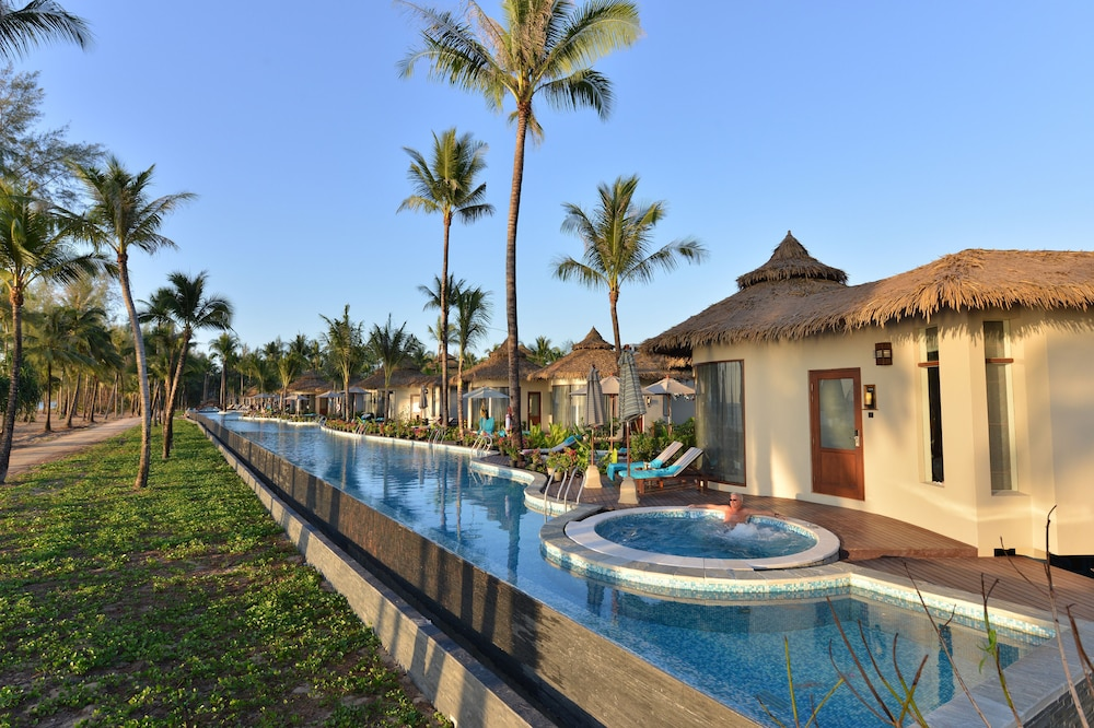 Outdoor Pool, The Haven Khao Lak