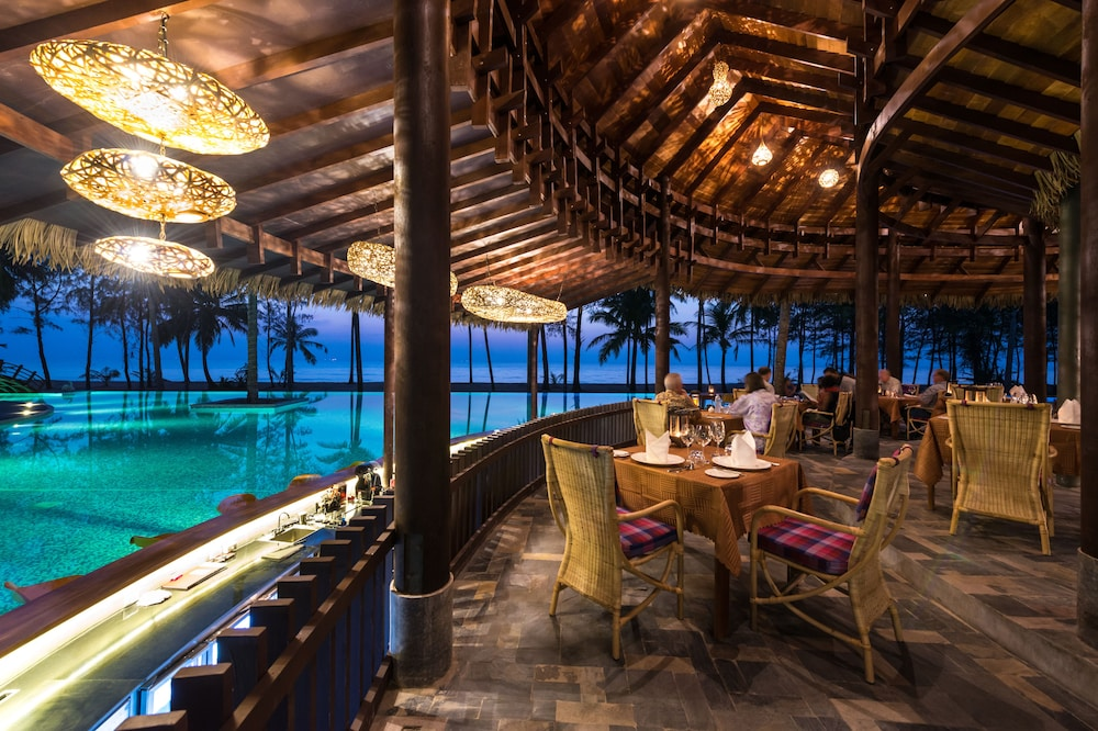 Outdoor Dining, The Haven Khao Lak