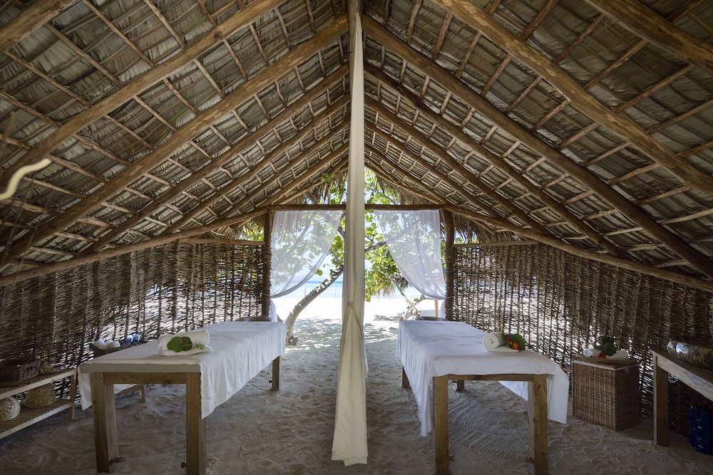 Spa, Punta Rucia lodge by Mint