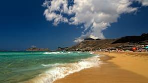 Tæt på stranden, strandhytter (tillægsgebyr)