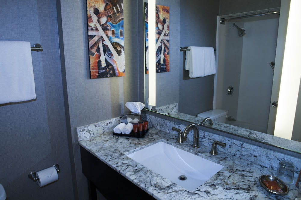 Bathroom, Hard Rock Hotel & Casino Lake Tahoe