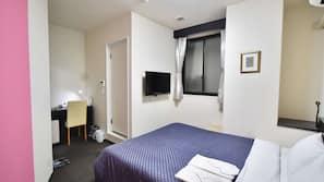 高級寢具、書桌、窗簾、熨斗/熨衫板