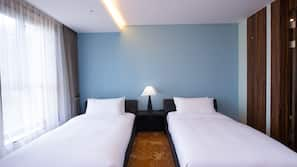 Premium bedding, down duvet, in-room safe, individually furnished