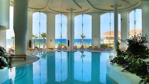 Piscina interna, 3 piscinas externas