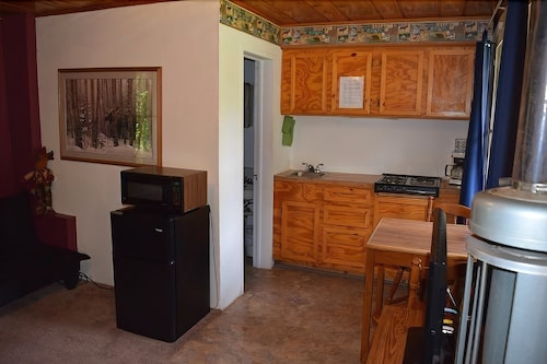 Private Kitchenette, Stoney River Lodge