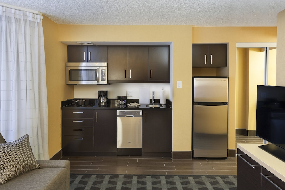 Private Kitchen, TownePlace Suites by Marriott Toronto Northeast/Markham