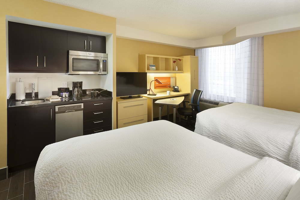 Room, TownePlace Suites by Marriott Toronto Northeast/Markham