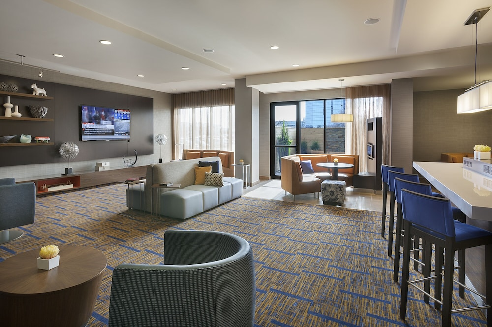 Lobby Lounge, TownePlace Suites by Marriott Toronto Northeast/Markham