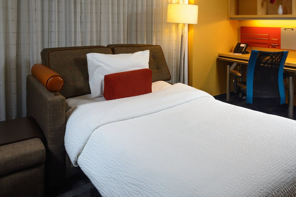 Extra Beds, TownePlace Suites by Marriott Toronto Northeast/Markham