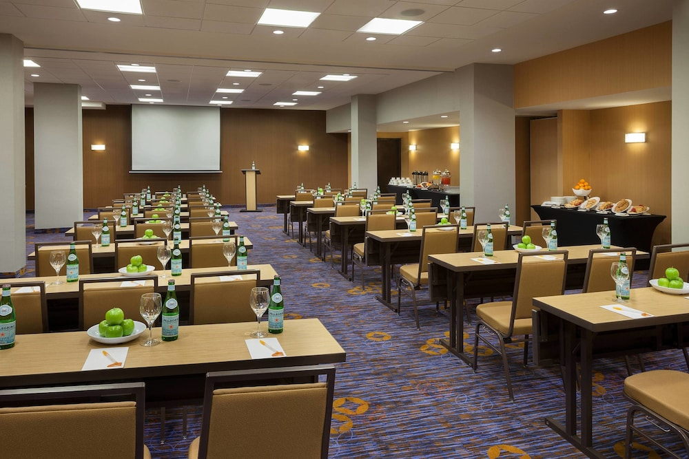 Meeting Facility, TownePlace Suites by Marriott Toronto Northeast/Markham
