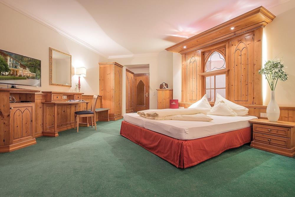 hotel vitalquelle gauenstein in schruns hotel rates. Black Bedroom Furniture Sets. Home Design Ideas