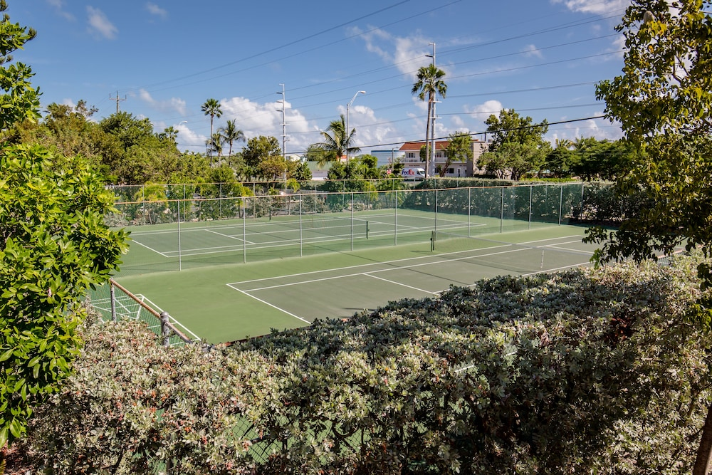 Tennis Court, The Reef at Marathon by Capital Vacations