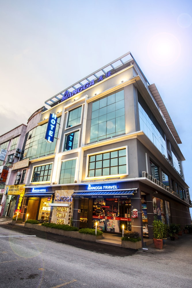 Book mangga boutique hotel seri kembangan hotel deals for Boutique hotel offers