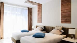 Premium bedding, individually furnished, soundproofing
