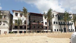 Beach nearby, sun loungers, fishing