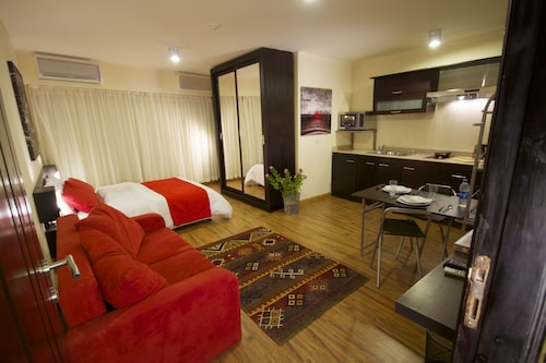 NewCity Suites & Apartments