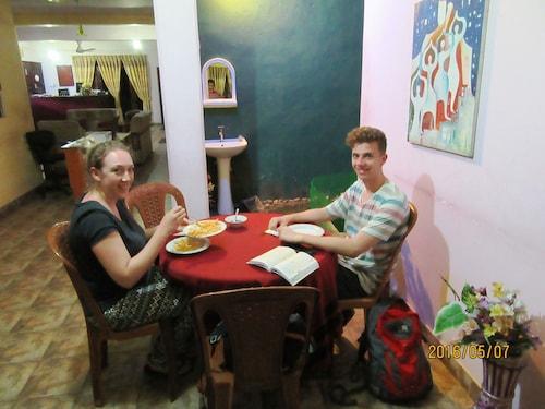 Peradeniya Accommodation with Spa: Spa and Resorts | Wotif