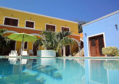 Yucatán Hotels: Find $25 Hotel Deals & Save 10% on Select