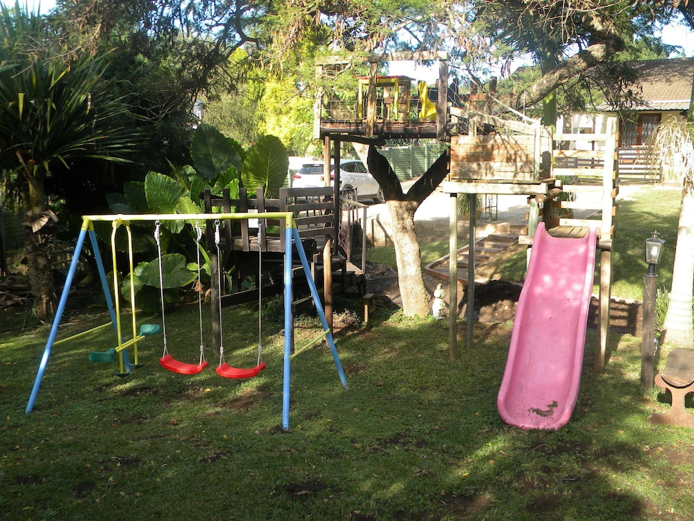 Children's Play Area - Outdoor, Lincoln Cottages