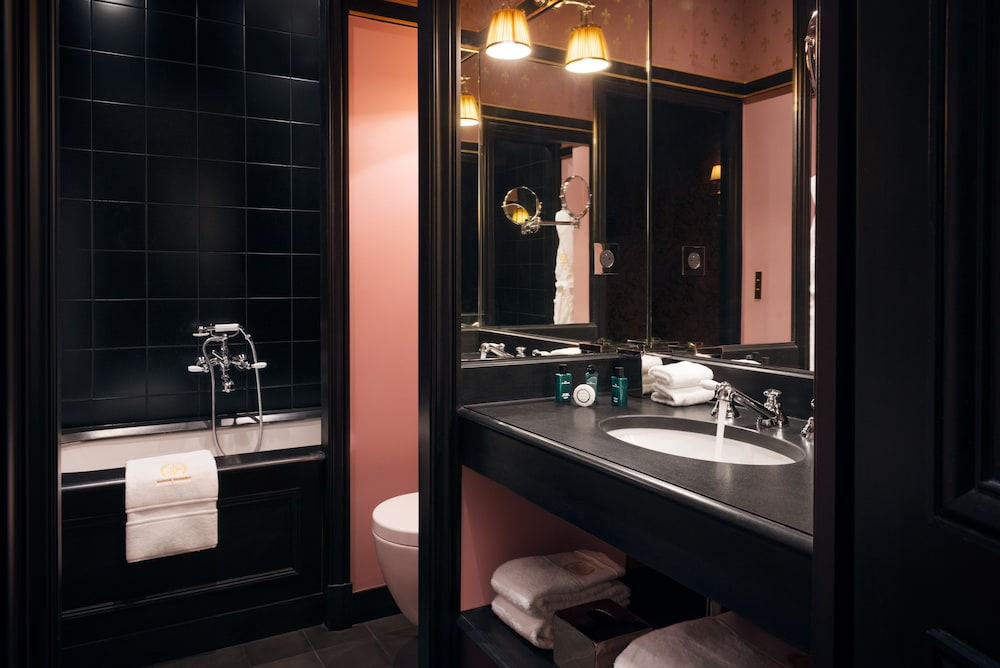 Bathroom, Maison Souquet