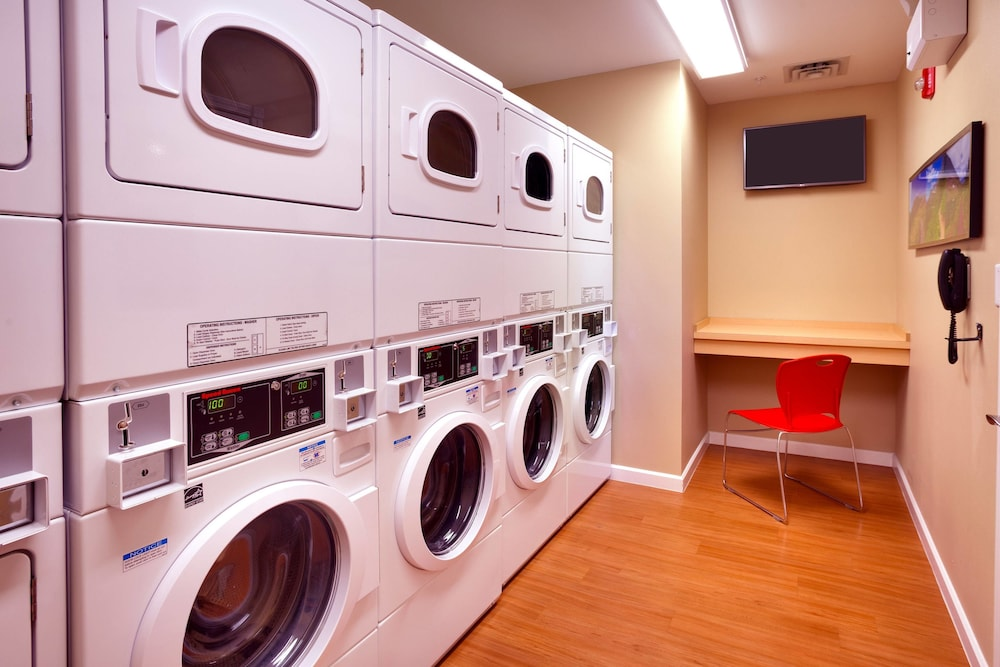 Laundry, TownePlace Suites Missoula