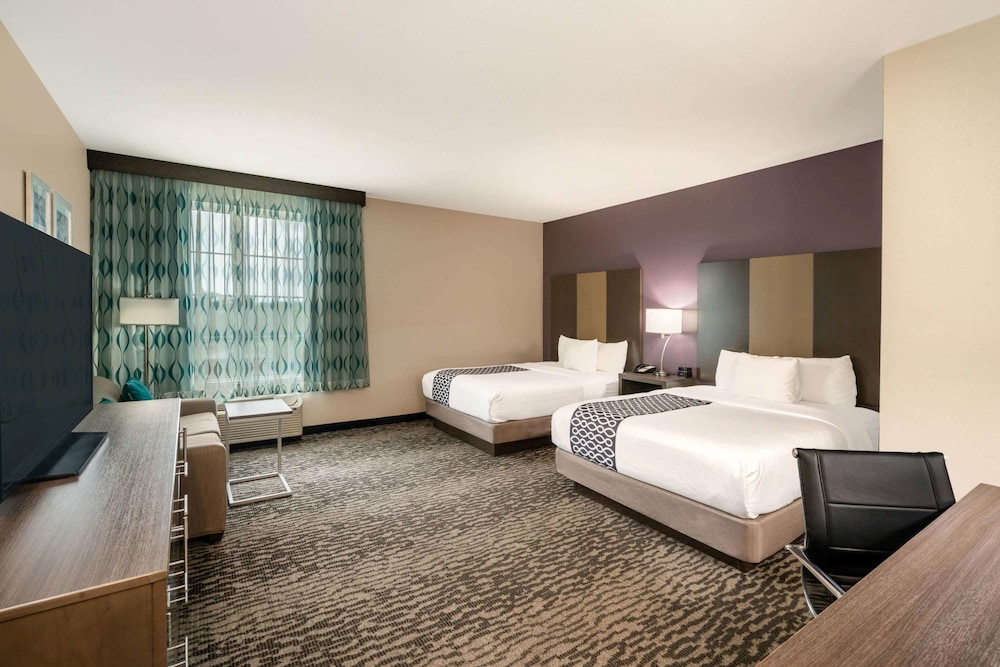 Room, La Quinta Inn & Suites by Wyndham Chattanooga - Lookout Mtn