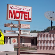 Holiday Host Motel