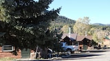Foothills Lodge and Cabins - South Fork Hotels