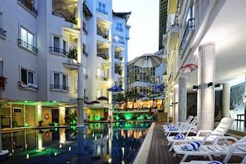 ベトナム、シアヌークビルへ女子2人で旅行に行きます。ビーチ沿いのおすすめホテルを教えてください。