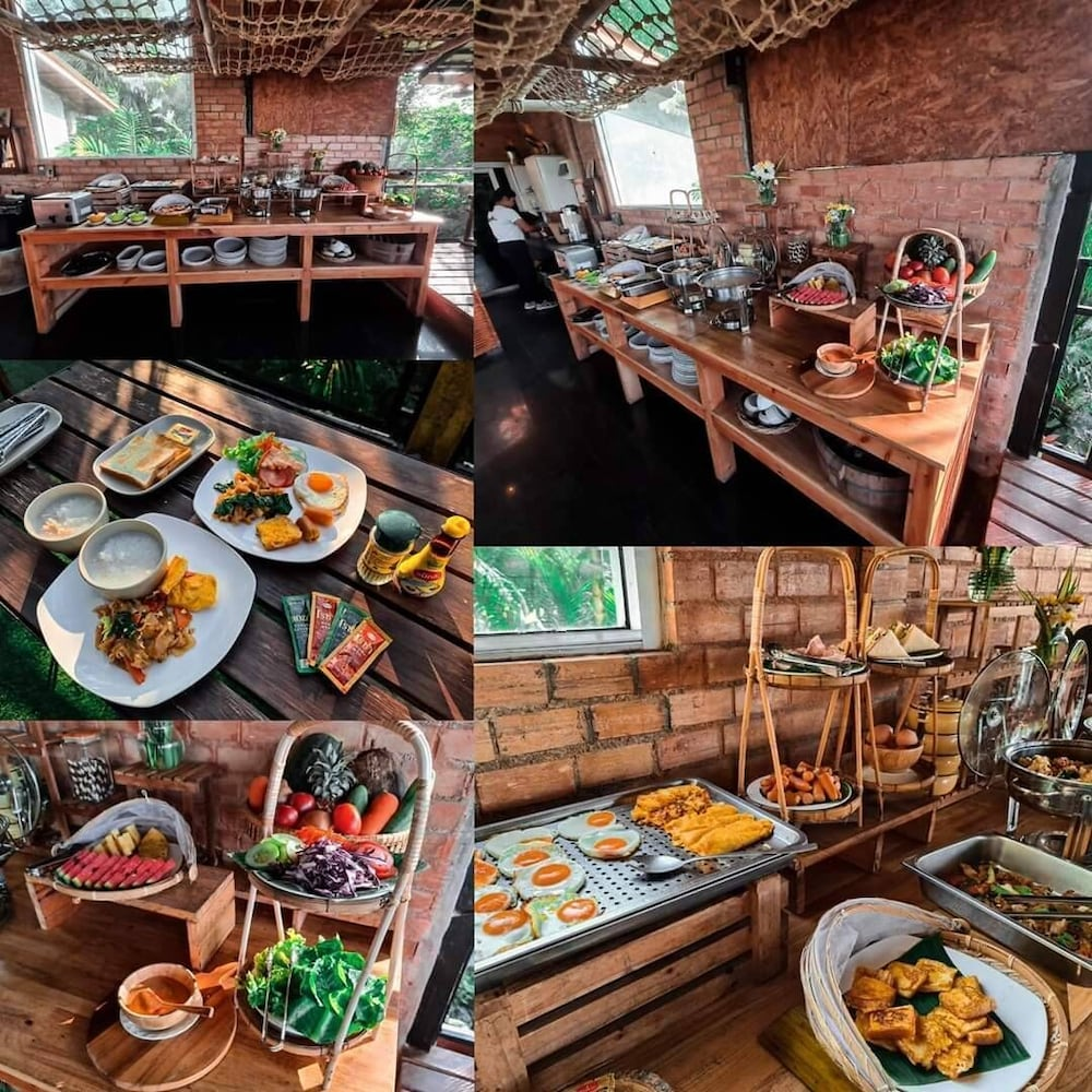 Breakfast buffet, Khaosok Boutique Camps